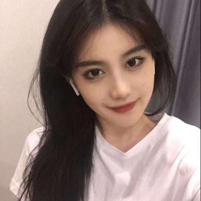 2021让人惊呼好看的女生甜蜜头像 恰好樱花盛开杳无人烟插图1