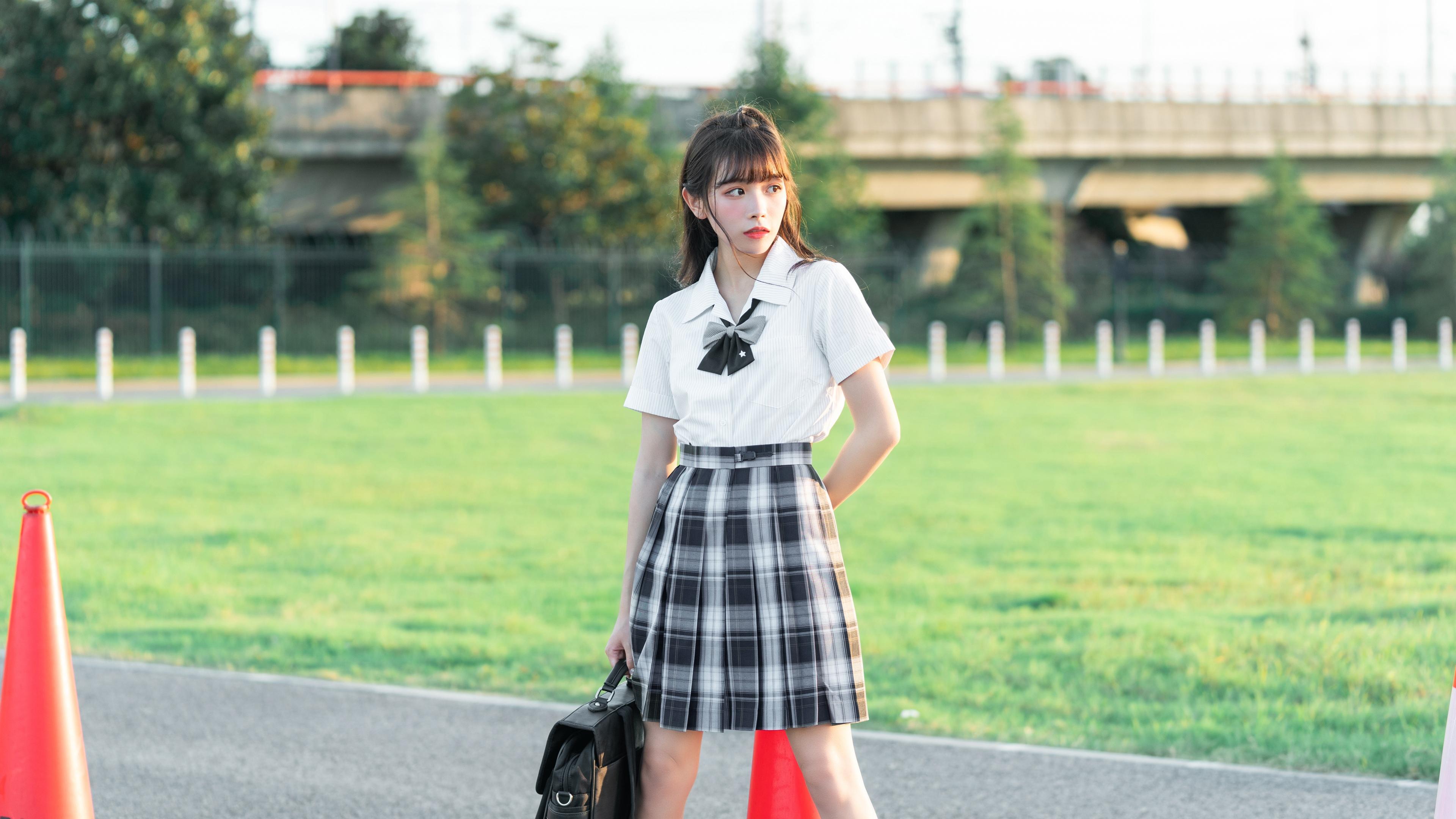 高颜值美少女jk制服甜美写真壁纸